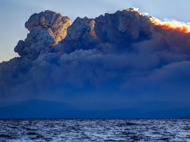 King Fire Smoke Over Lake Tahoe